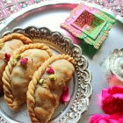 Dry Fruit Gujiya Recipe