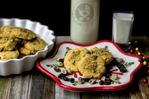 Pistachio and Raisin Coconut Cookies