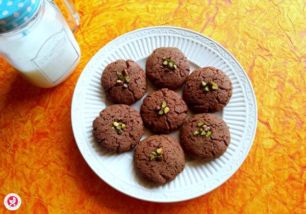 Chocolate Nan Khatai/ Nankhatai Pressure Cooker Recipe