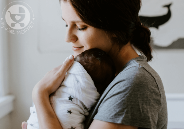 Breastfeeding can be tough, but a few things can make it a lot easier! Here are 10 Breastfeeding Must Haves for New Moms to enjoy stress-free nursing!