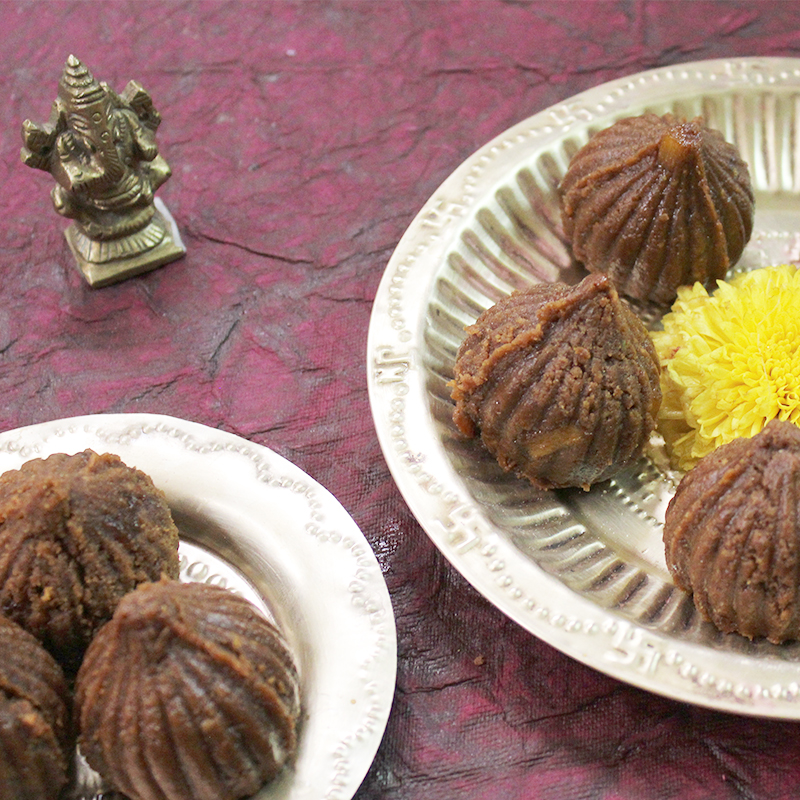 Welcome this auspicious Ganesh Chaturthi, with our nutritious yet simple pineapple modak for kids [Easy no sugar modak recipe for kids]!